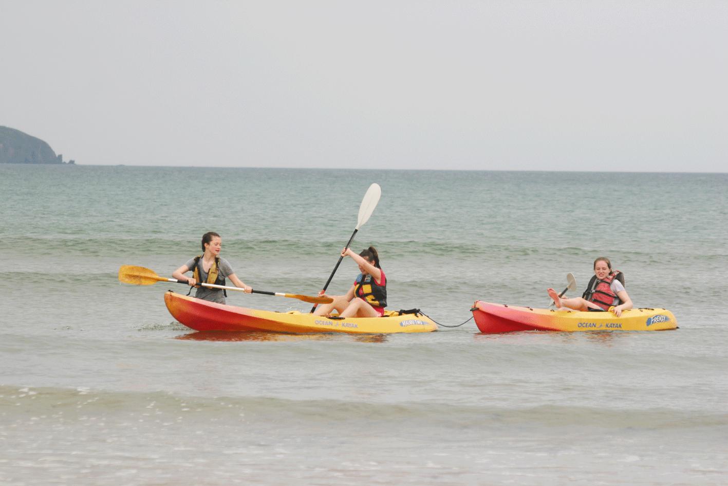 Kayaking ardmore ecole de mer 2016 students enjoy kayaking