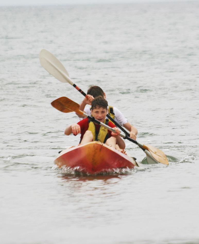Kayaking ardmore ecole de mer 2016 students enjoy kayaking during summer course french